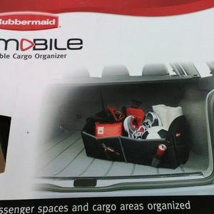 Rubbermaid cargo organizer